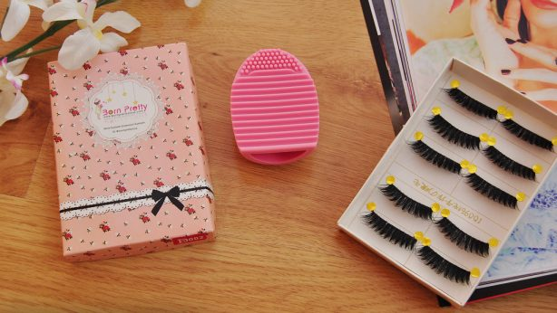 Can You Reuse False Eyelashes? Keep Them Clean!