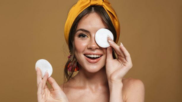No Make-Up Trend: 5 Benefits of Not Using Make-Up!